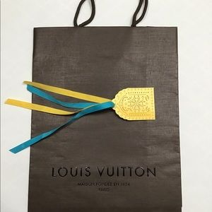 LOUIS VUITTON GIFT BAG WITH GIFT TAG